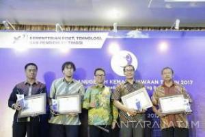 UMM Sabet Penghargaan Anugerah Kemahasiswaan 2017 Kemenristekdikti