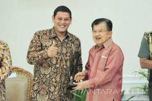 Kediri Dapat Penghargaan Kota Cerdas 2017 dari Wapres Jusuf Kalla