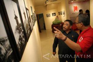 Kepala PN Surabaya Hadiri Pameran Retrospeksi 2017