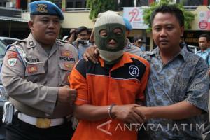 Polisi Ungkap Bom di Surabaya Bermotif Asmara