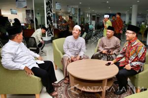 KH Mutawakkil Apresiasi Mal Pelayanan Publik Banyuwangi