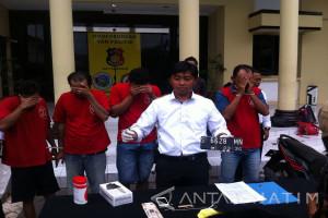 Polrestabes Surabaya Bongkar Sindikat Pencuri Motor