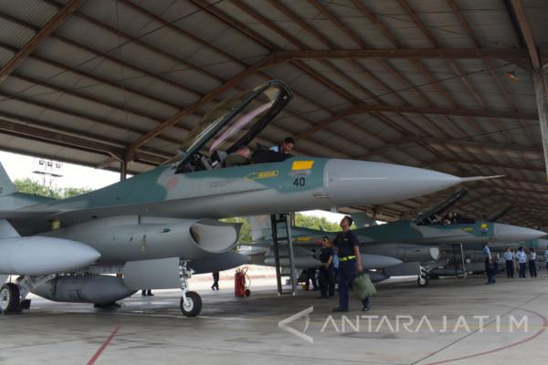 Dua Pesawat F-16 Batal Tiba di Iswahjudi