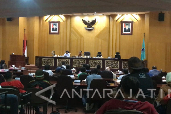 DPRD Surabaya Bantah Adanya Renovasi Lapangan Karanggayam