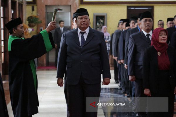 Awal 2018, 50 Pejabat Pemkot Surabaya Dimutasi