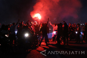 Polrestabes Surabaya Tilang 311 Pengendara Semalam