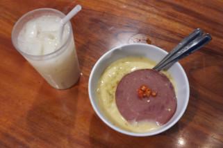 Serunya Makan di Warunk Upnormal (Video)