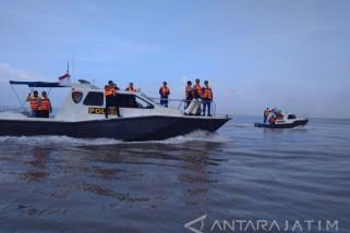 Antisipasi Ilegal Fishing, Polres Jember Patroli di Pulau Terluar (Video)