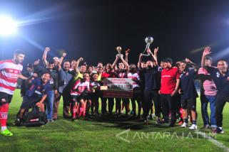 Madura United Juara Turnamen Internasional Suramadu Super Cup