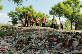 Begini Cara Pemkab Probolinggo Atasi Sampah di Pantai Duta