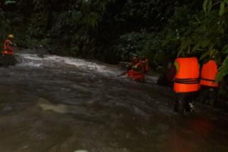 Seorang Siswi MTs di Bondowoso Hilang Terseret Arus Sungai