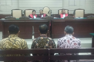 Mantan Ketua Komisi DPRD Jatim Dituntut Sembilan Tahun Penjara