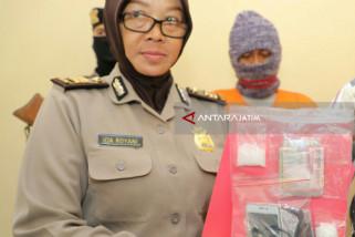 Polisi Amankan Sabu-Sabu di Lapas Pemuda Madiun (Video)