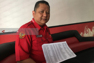 Ketua PDIP Surabaya Protes Namanya Tak Masuk Sipol