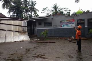 Angin Puting Beliung Rusakkan Ruang Kelas SDN Pondokrejo Jember