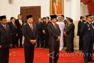 Presiden Jokowi Lantik 4 Pejabat Pemerintah (Video)