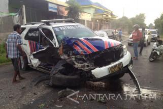 Mobil Patwal Polres Sumenep Alami Kecelakaan Tunggal