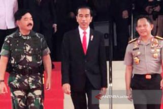 Jokowi Minta Panglima TNI-Kapolri Tangani Wabah Penyakit di Papua
