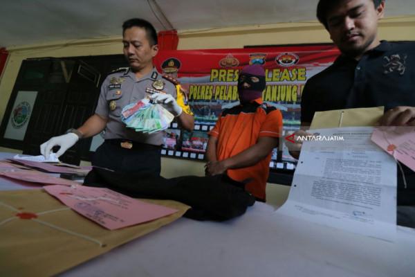 Polisi Tetapkan Lurah di Surabaya Tersangka Pungli (Video)
