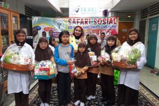 Pelajar Al-muslim Datangi Rumah Singgah YKAKI