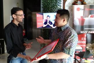 RedDoorz Kembangkan Pasar Perhotelan Daring di Surabaya