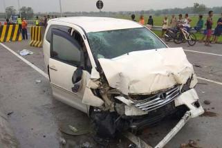 Dua Orang Tewas Akibat Kecelakaan di Tol Madiun