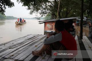 UPT Bengawan Solo Masih Berlakukan Siaga Banjir Bengawan  solo