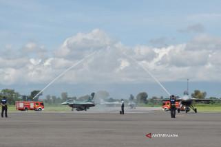 Menhan Serahkan 24 Unit Pesawat F-16 Ke TNI AU