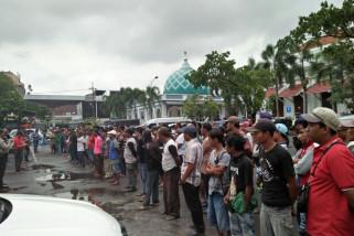 Polrestabes Surabaya Ciduk 113 Preman Jalanan