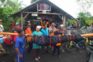 Jenazah Pendaki Gunung Raung Dievakuasi di Kalibaru