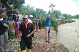 Infrastruktur-Permukiman Sanenrejo- Jember Rusak Diterjang Banjir