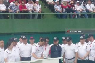 Lapangan Tenis Terbuka-Tertutup Diresmikan Presiden (Video)