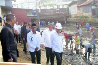 Kata Jokowi, Padat Karya Tunai Naikkan Daya Beli (Video)