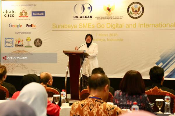 Risma : 98 Persen Pembangunan Ekonomi di Surabaya dari UKM