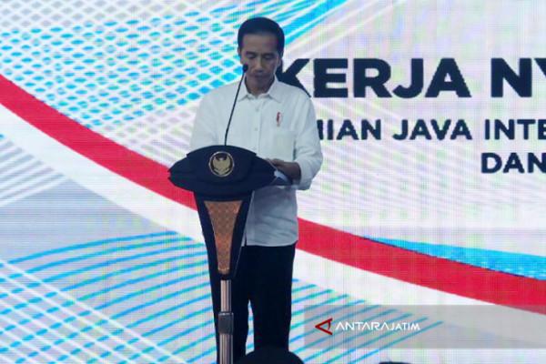 Jokowi Launches JIIPE Industrial Zone in East Java