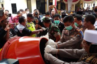 Polresta Sidoarjo Musnahkan Jutaan Pil PCC (Video)