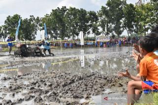 Balap Traktor Ungkapan Syukur Petani Magetan