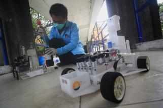 Kompetisi Mobil Reaksi Kimia