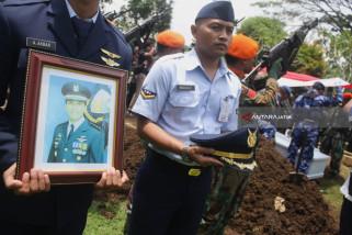 Pemakaman Pilot Hanafie