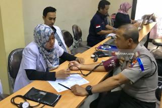 Kapolrestabes Surabaya Menyesal Tak Bisa Donor Darah di HPN
