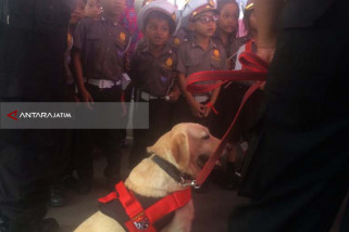 Polrestabes Surabaya Kenalkan Tugas Mulia Kepolisian