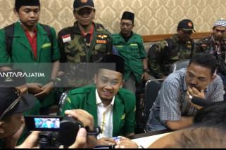 Ansor-Pemuda Pusura Minta Polisi Usut Penembakan Mobil Pejabat Pemkot Surabaya (Video)
