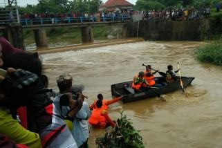 Korban Hilang di Dam Sumenep Ditemukan Meninggal (Video)
