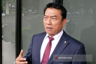 Moeldoko Dinilai Lebih Aman Dampingi Jokowi