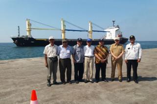 Kapal Besar Mulai Sandari Terminal Baru Probolinggo
