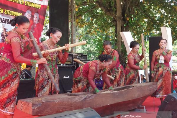 "Peringati Hari Kartini, GOW Situbondo Adakan ""Fashion"" Kebaya (Video)"