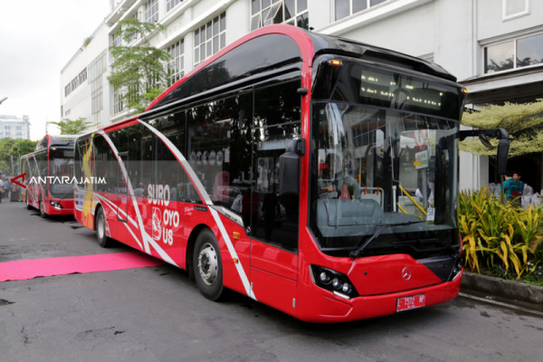 Diminati Warga, Pemkot Surabaya Tambah 12 Unit Suroboyo Bus