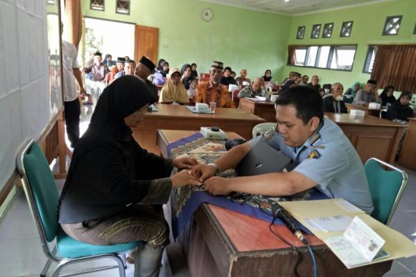 Kantor Imigrasi Madiun Selesaikan 1.500 Paspor Haji
