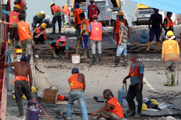 Pakde Karwo Minta Bantuan Kodam Bangun Jembatan Widang