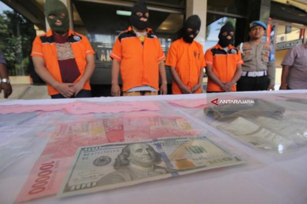 Polisi Ungkap Penipuan Modus Ustaz dan Kiai